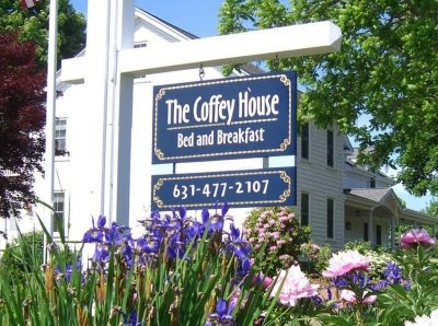 Coffey House Bed & Breakfast • East Marion