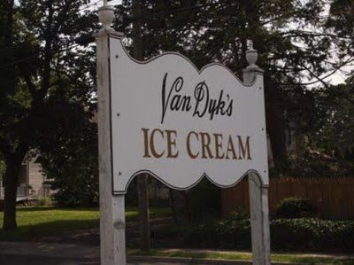 Van Dyk's Homemade Ice Cream • Ridgewood